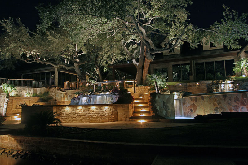 Outdoor lighting halo outdoor landscape lighting san antonio san antonio outdoor lighting architectural lighting in san antonio aloadofball Choice Image